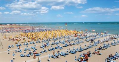 s_400_210_0_00_images_2015_commerciali_spiaggia-cesenatico.jpg